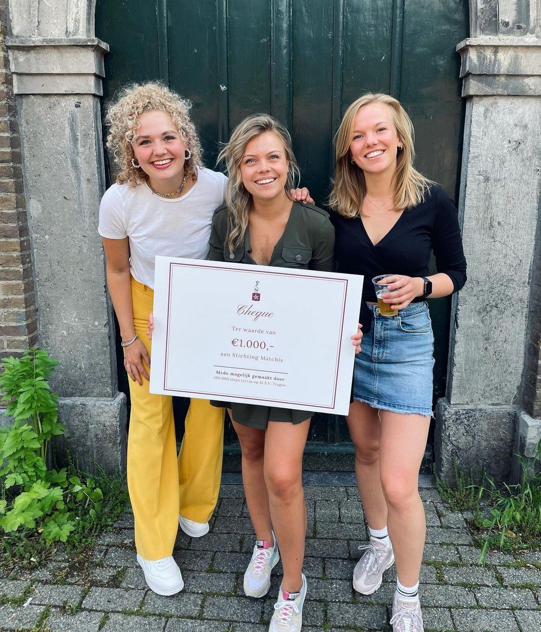100.000 steps terras voor Stichting Matchis